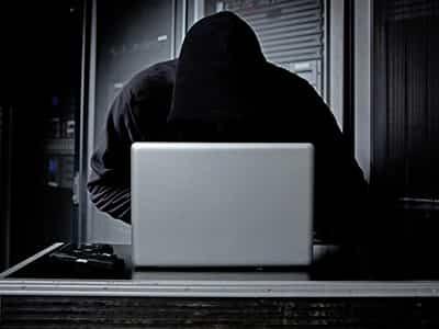 404e9c30349d4f591d0607e73761d5319ab0944f_hacker-ls.jpg