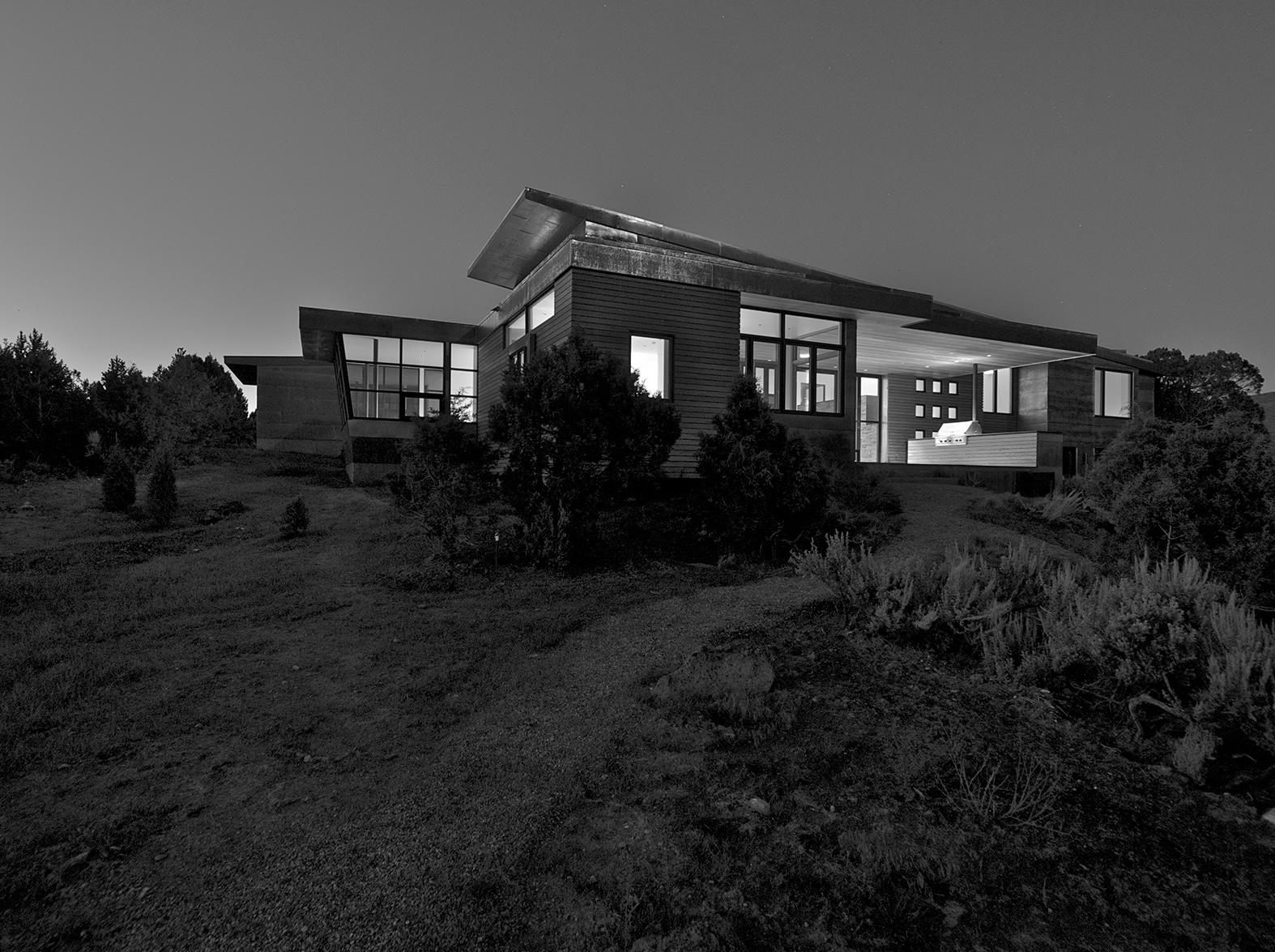 Wallison-Night.jpg