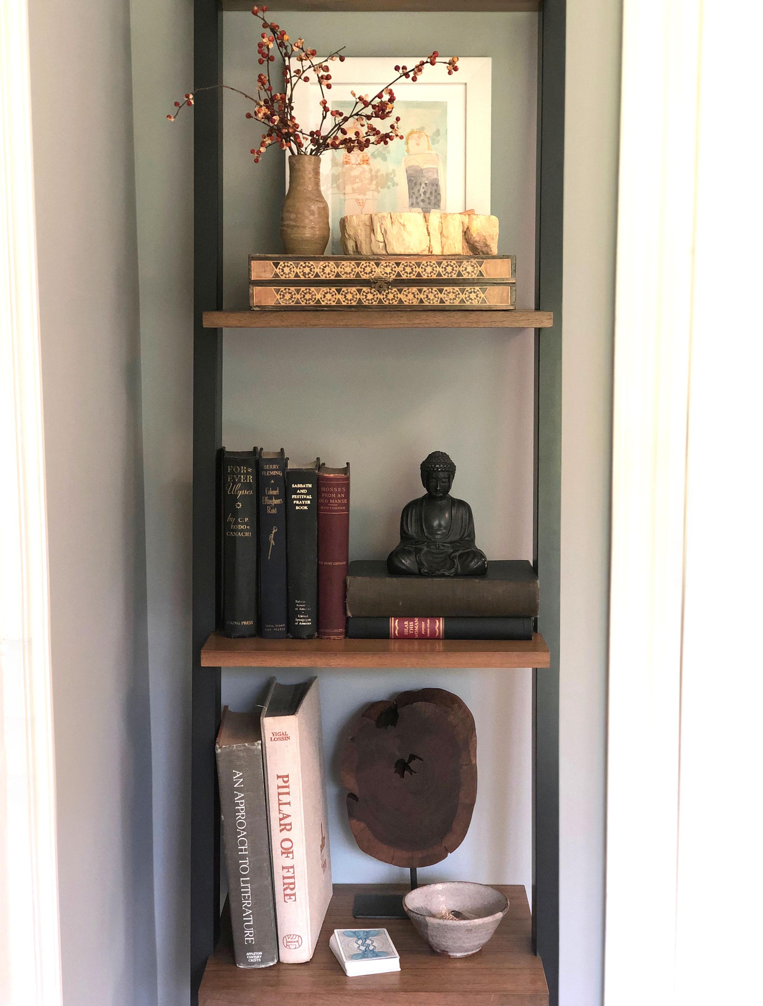 sr-bookshelf-1.jpg