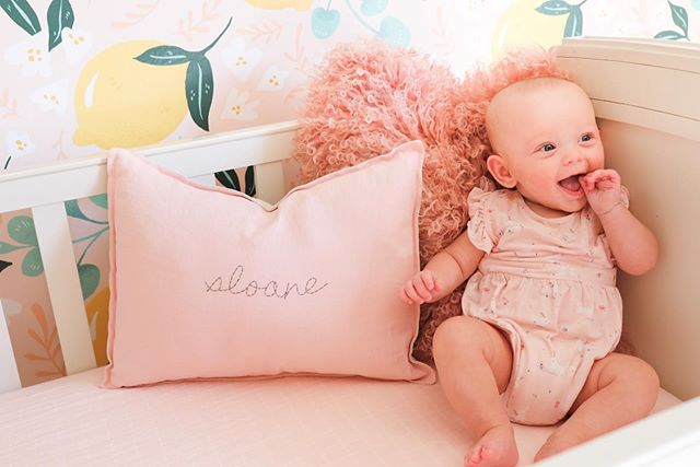 I think she likes it!!! Sweet baby Sloane had a big smile for all of us to day as she tried out her new crib for the first time 🍋 ***check out STORIES for the full nursery reveal and stay posted for photos with links to products***