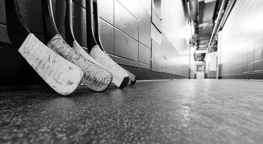 hockeyhallway.jpg