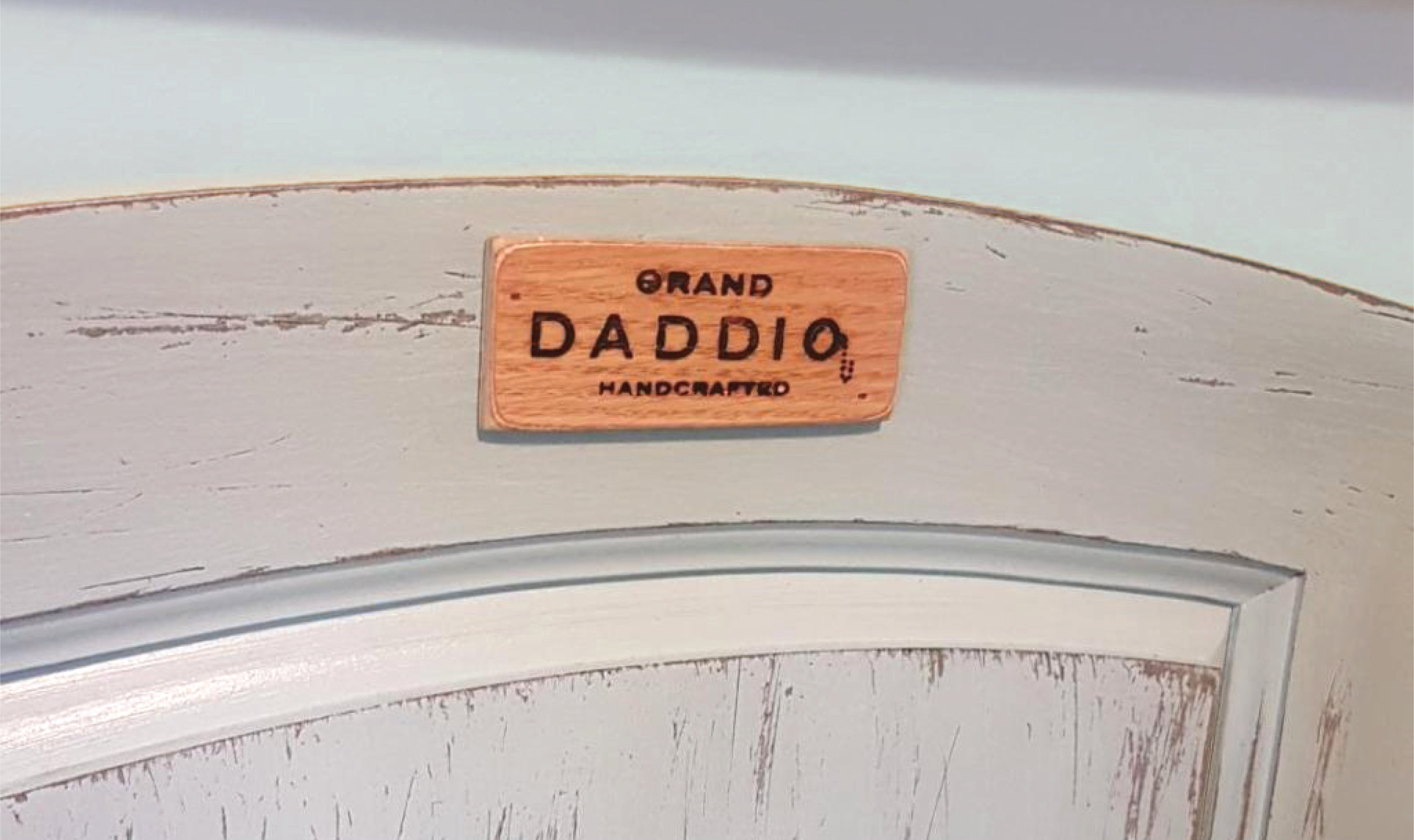 grand-daddio-crib-2.jpg