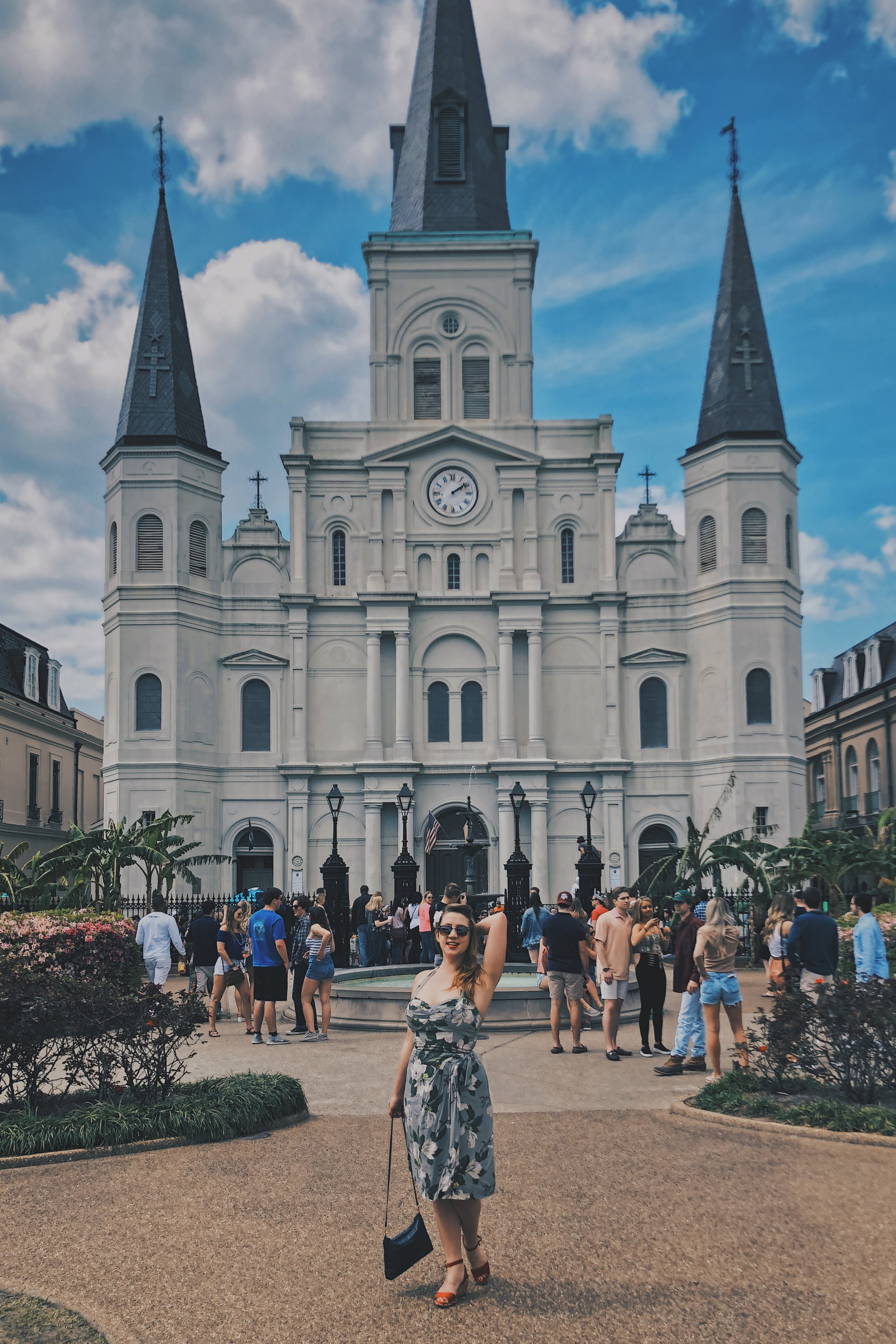 Stroll Through Jackson Square - As if the romance of the French Quarter wasn't enough, taking a stroll through Jackson Square is a great way to top off this old New Orleans experience. A melange of New Orleans vibes, its a perfect blend with the sound of brass bands drifting in the air mixed with the Parisian aesthetic of the 17th-century Place des Vosges.