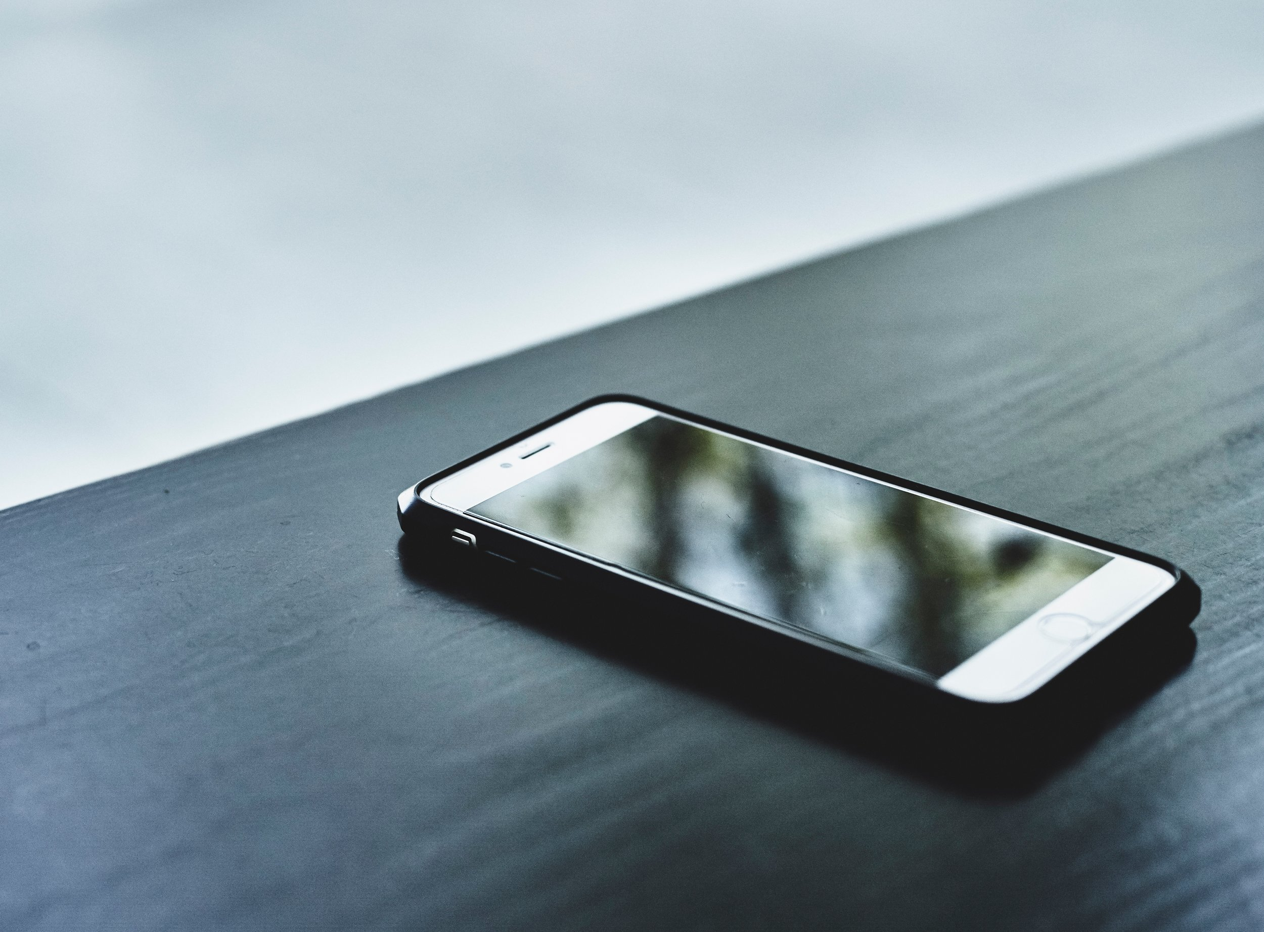 Less phone reliant