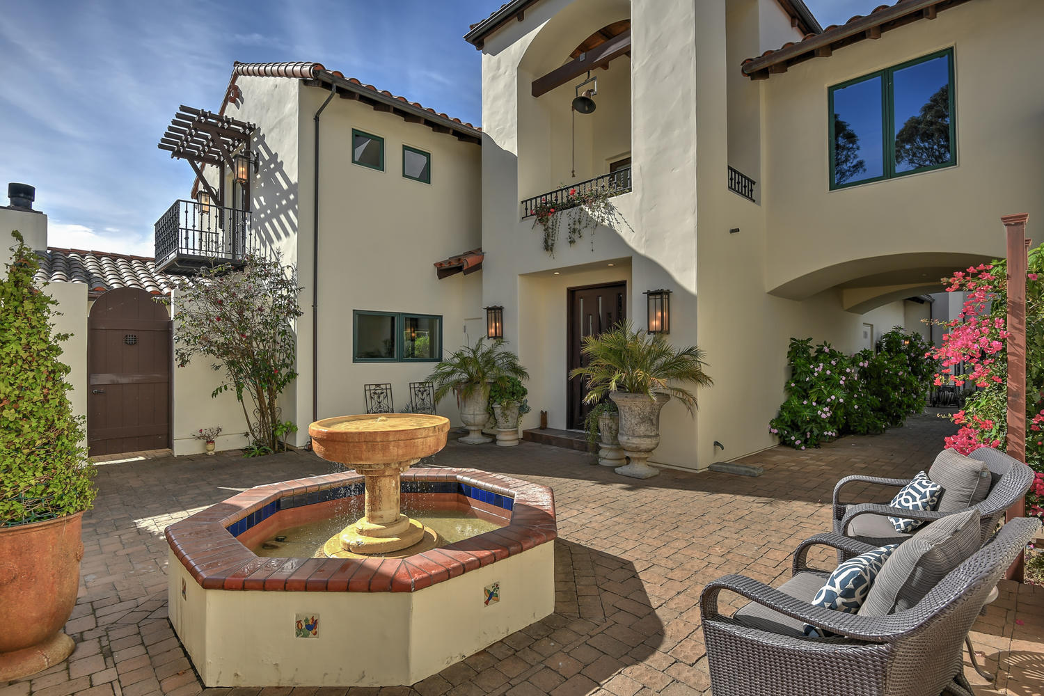 7_3737 Coyote Canyon Soquel CA-large-005-23-Courtyard View-1500x1000-72dpi.jpg