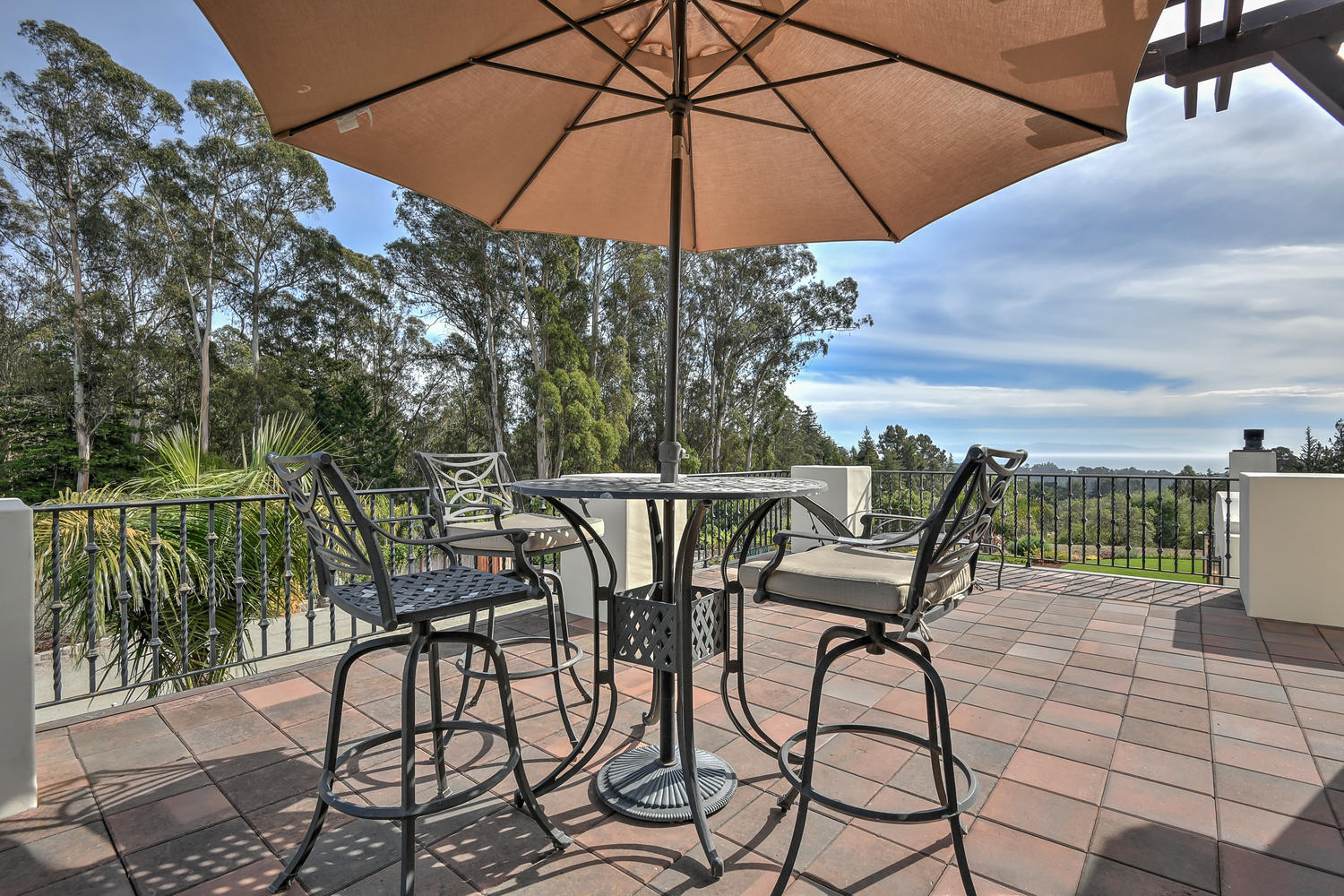 37_3737 Coyote Canyon Soquel CA-large-048-35-Front Balcony View-1500x1000-72dpi.jpg