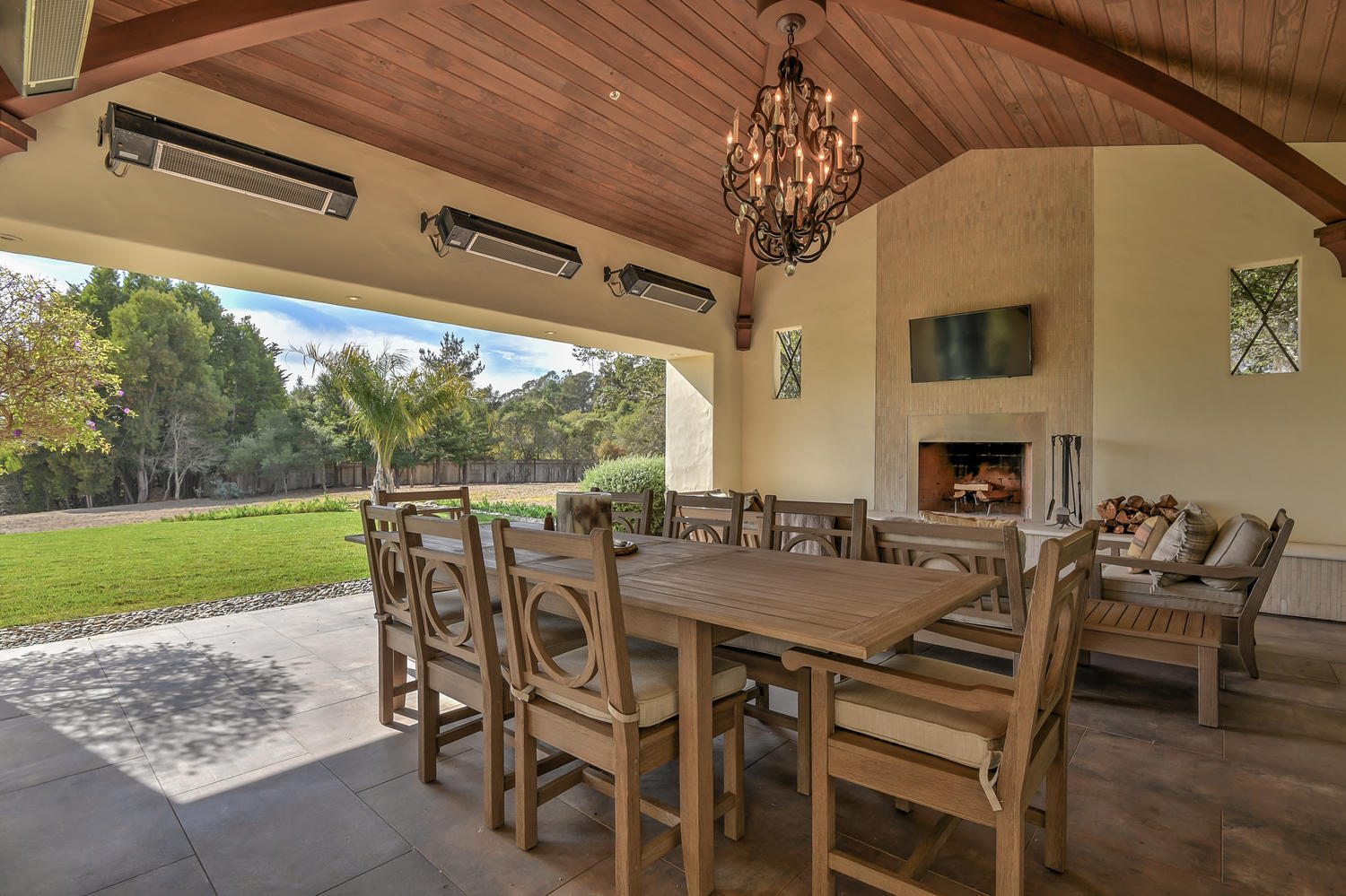 51_3737 Coyote Canyon Soquel CA-large-051-55-Outdoor Dining Two-1500x1000-72dpi.jpg