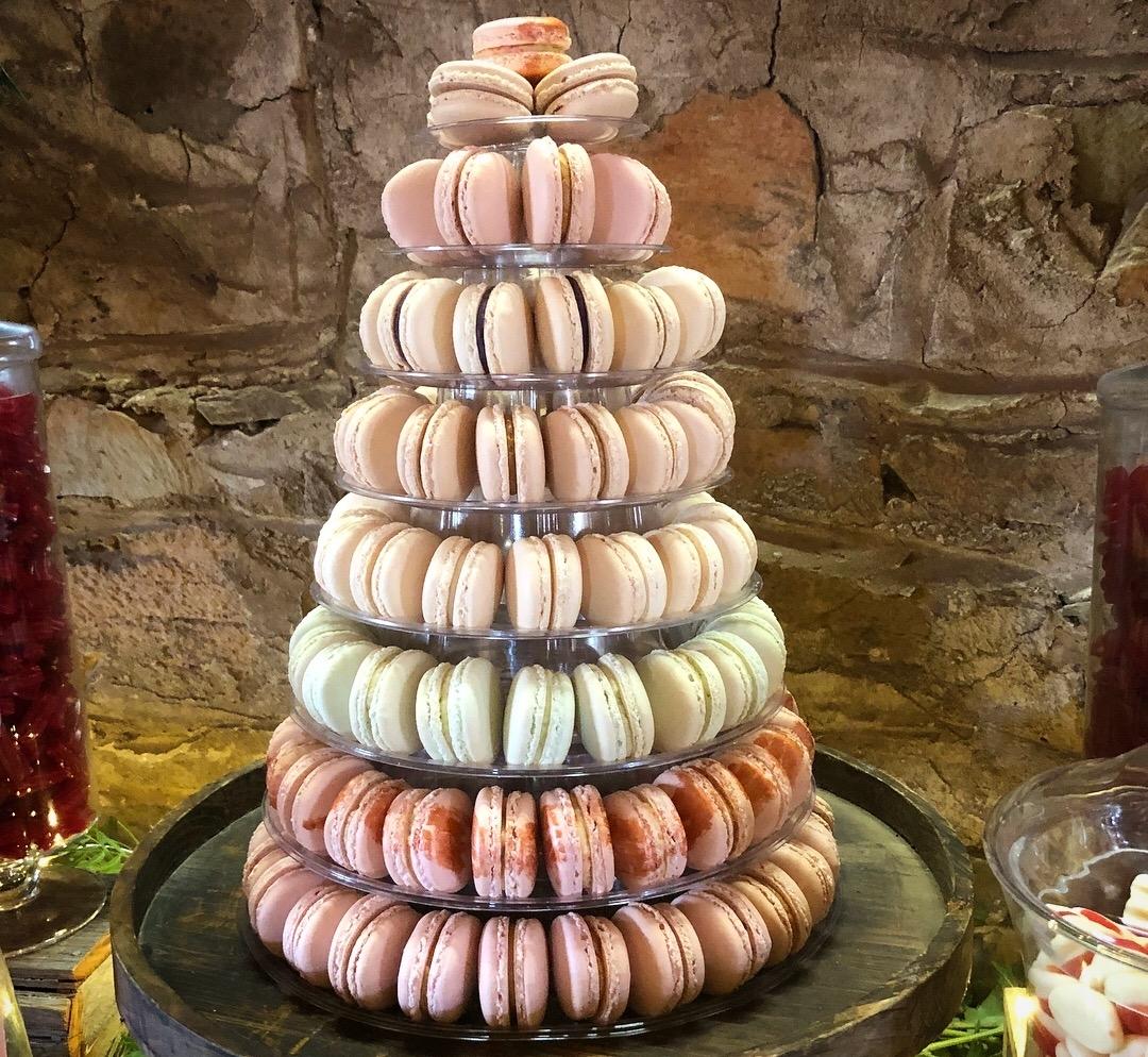120 Macaron Tower with metallic details