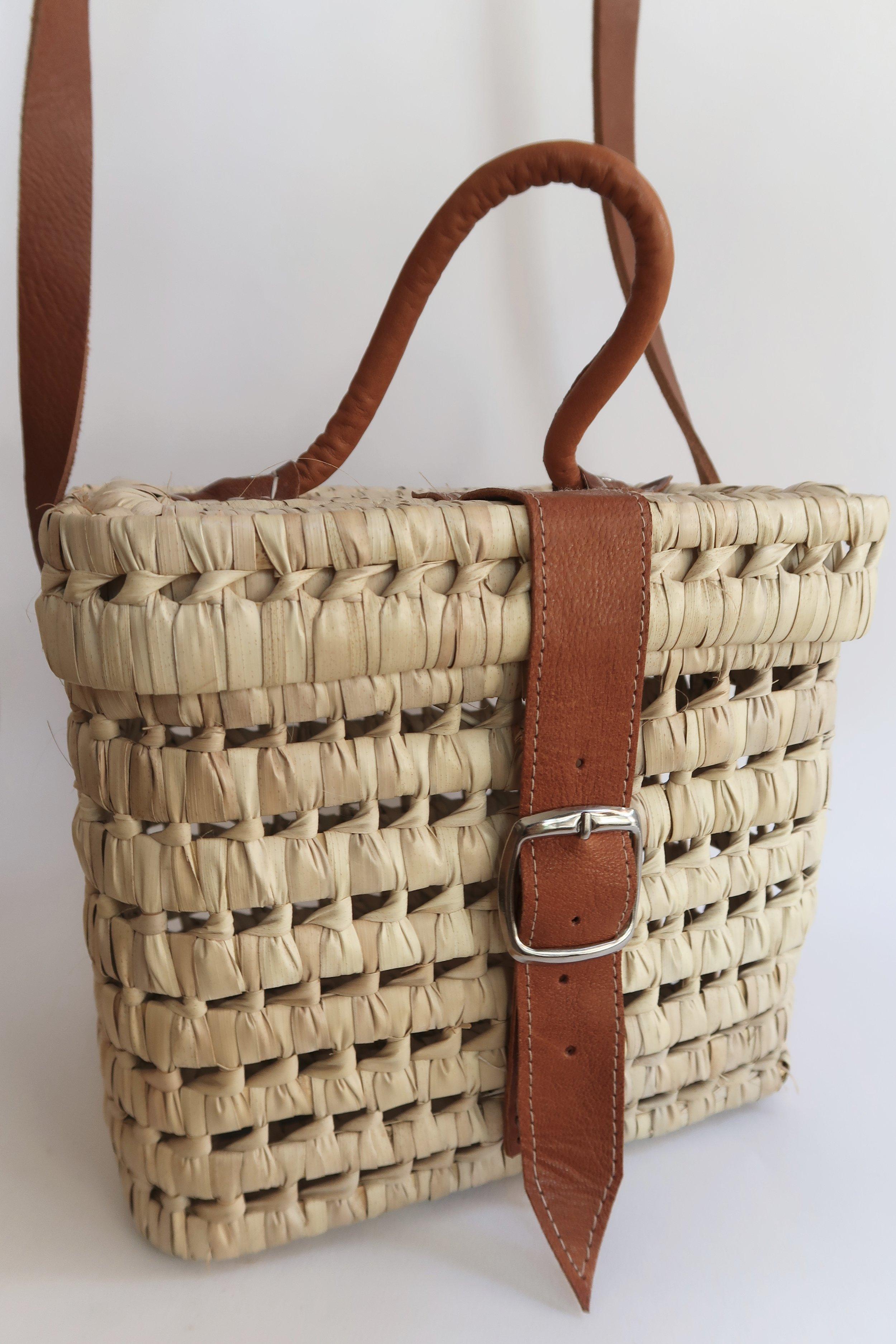 Box Shoulder Basket Bag (SKU 005)  MOQ 6