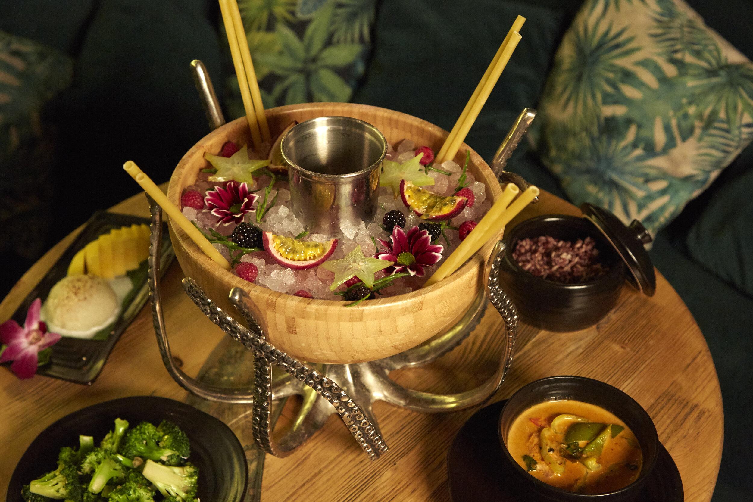 Bar Upper St & Angel | Laki Kane Cocktail Bar & Thai Restaurant Islington