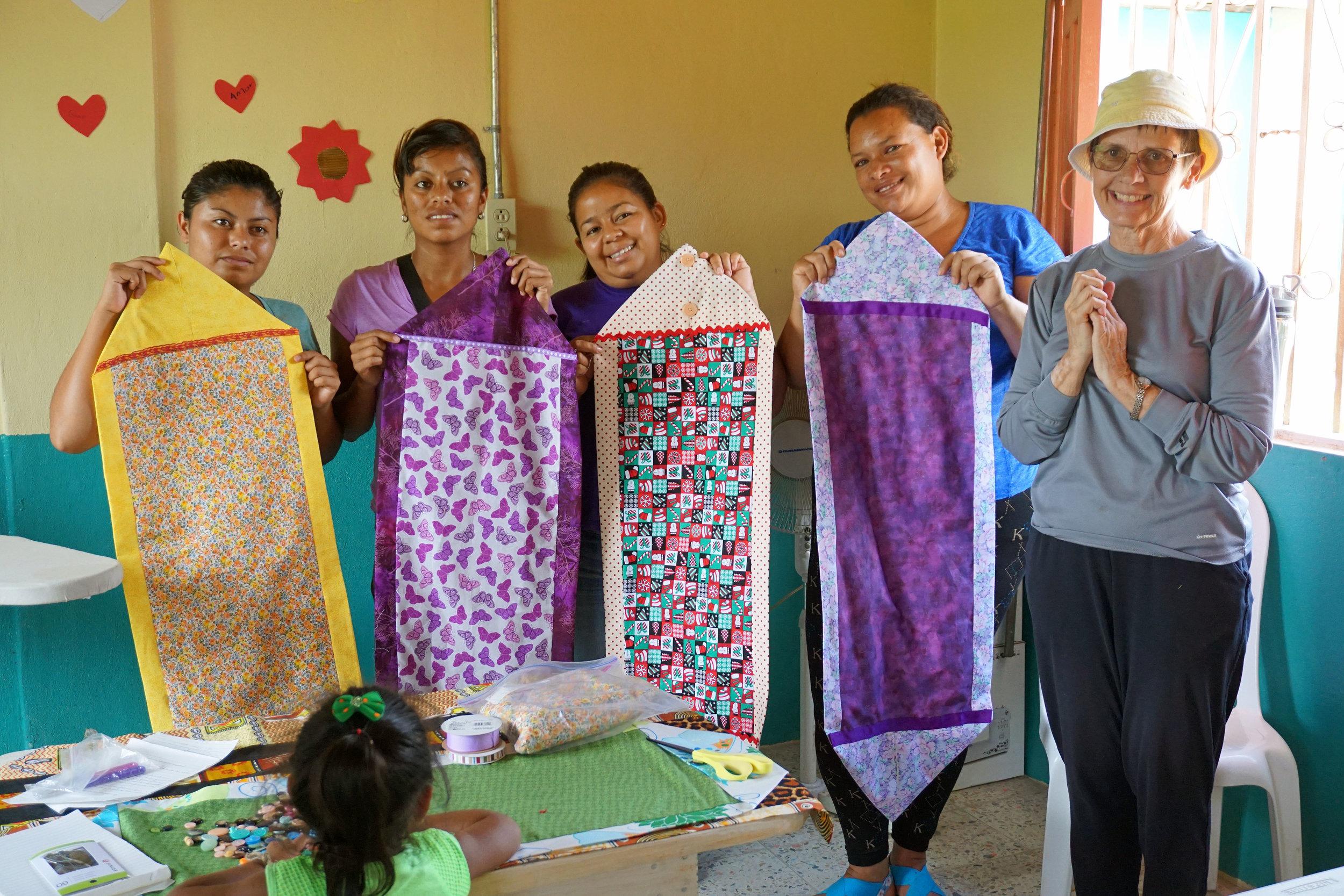 Honduras, Sewing (mission pic 11).JPG
