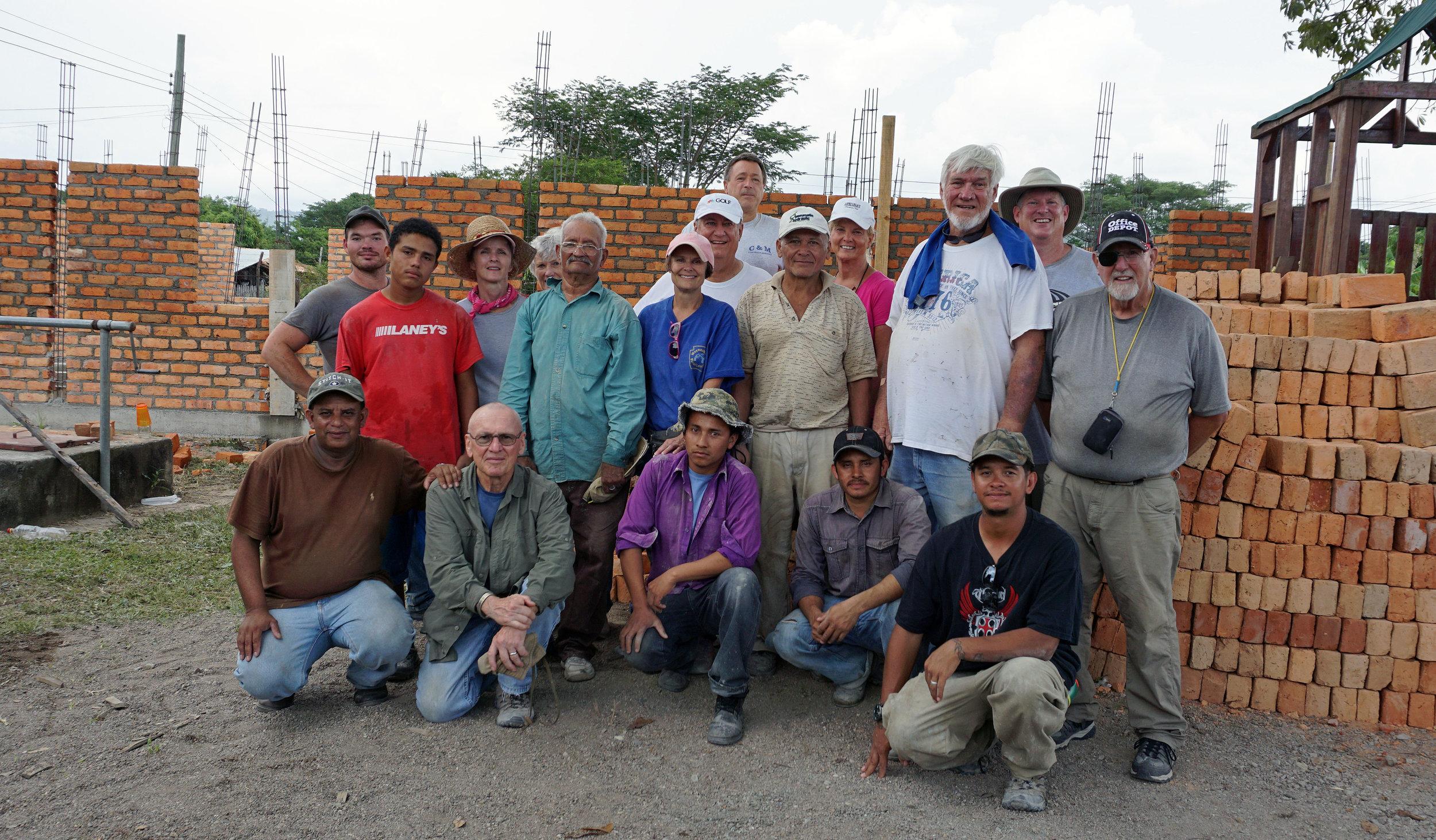 Honduras, Work Crew For Parsonage(mission pic 14).JPG