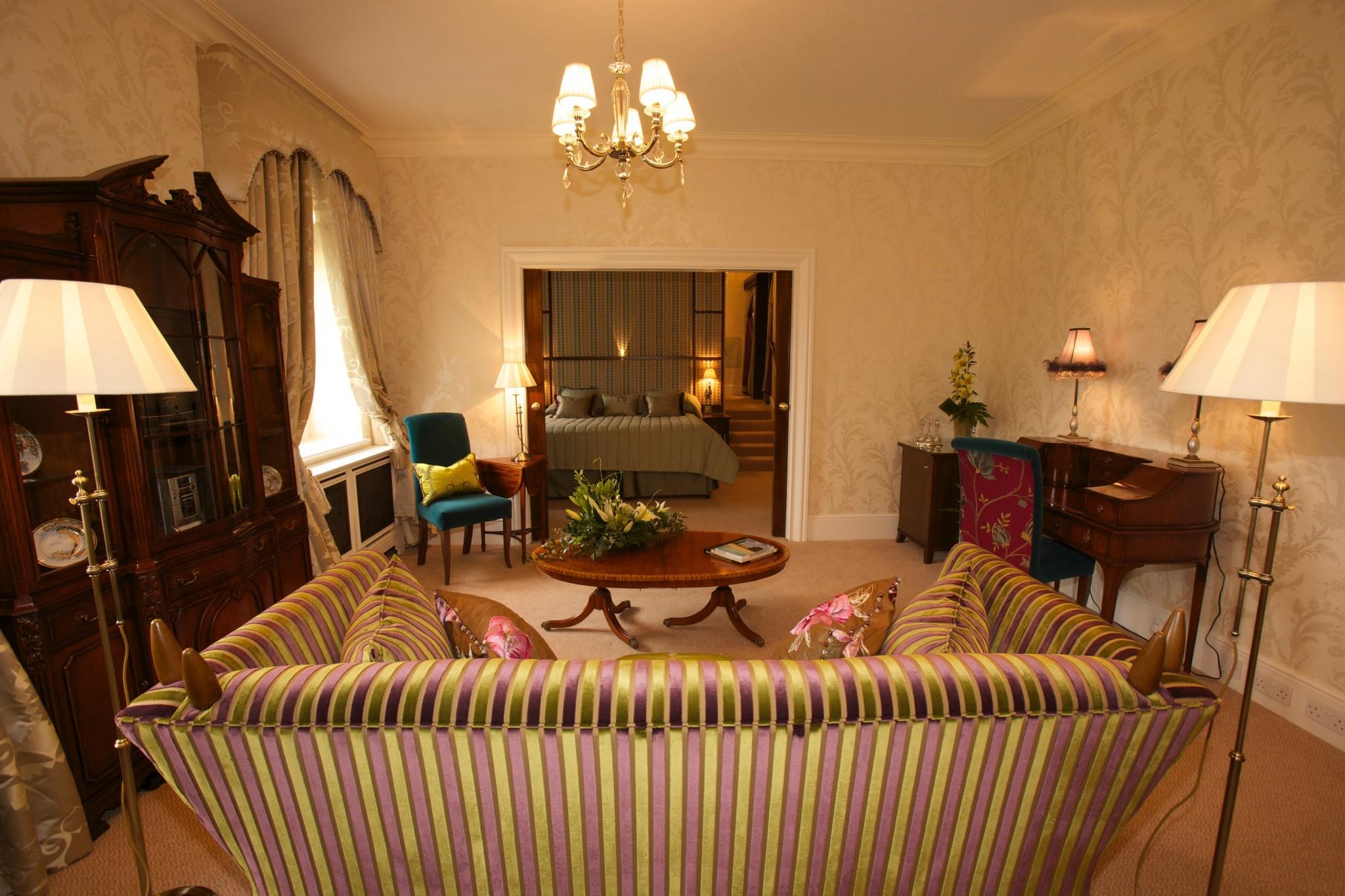 Osborne and Little Suite Lounge
