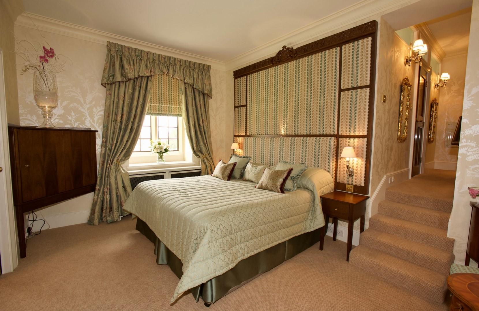 Osborne and Little Suite Bedroom