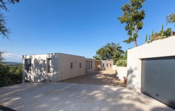 Villa-Marguerite-St-Tropez-Provence-France-Exterior-2