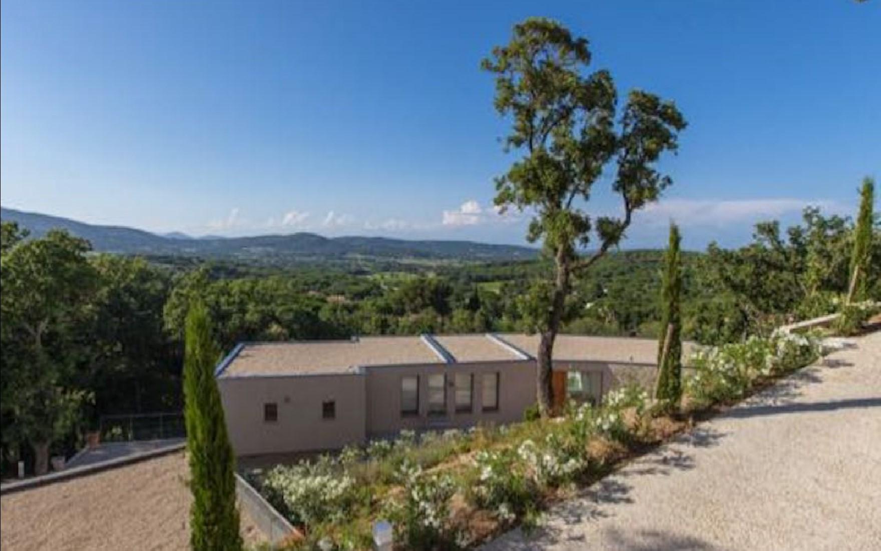 Villa-Marguerite-St-Tropez-Provence-France-Exterior-1.jpg