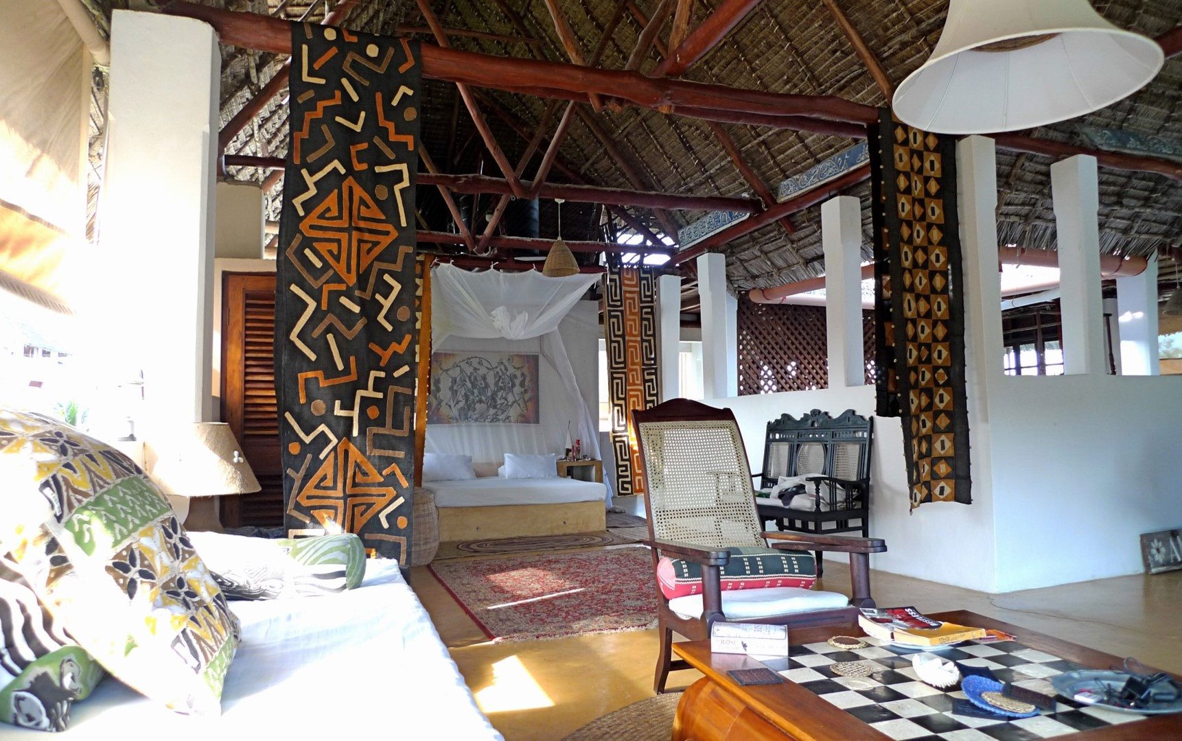 Deule-House-Shela-Lamu-Island-Kenya-Main-Bedroom.jpg
