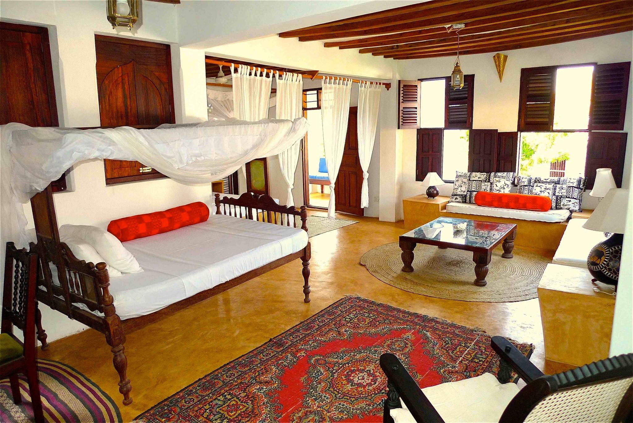 Deule-House-Shela-Lamu-Island-Kenya-Sitting-Area-1.jpg