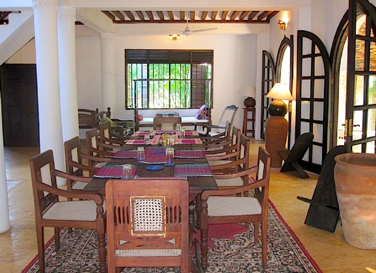 Deule-House-Shela-Lamu-Island-Kenya-Courtyard-Entry-2.jpg