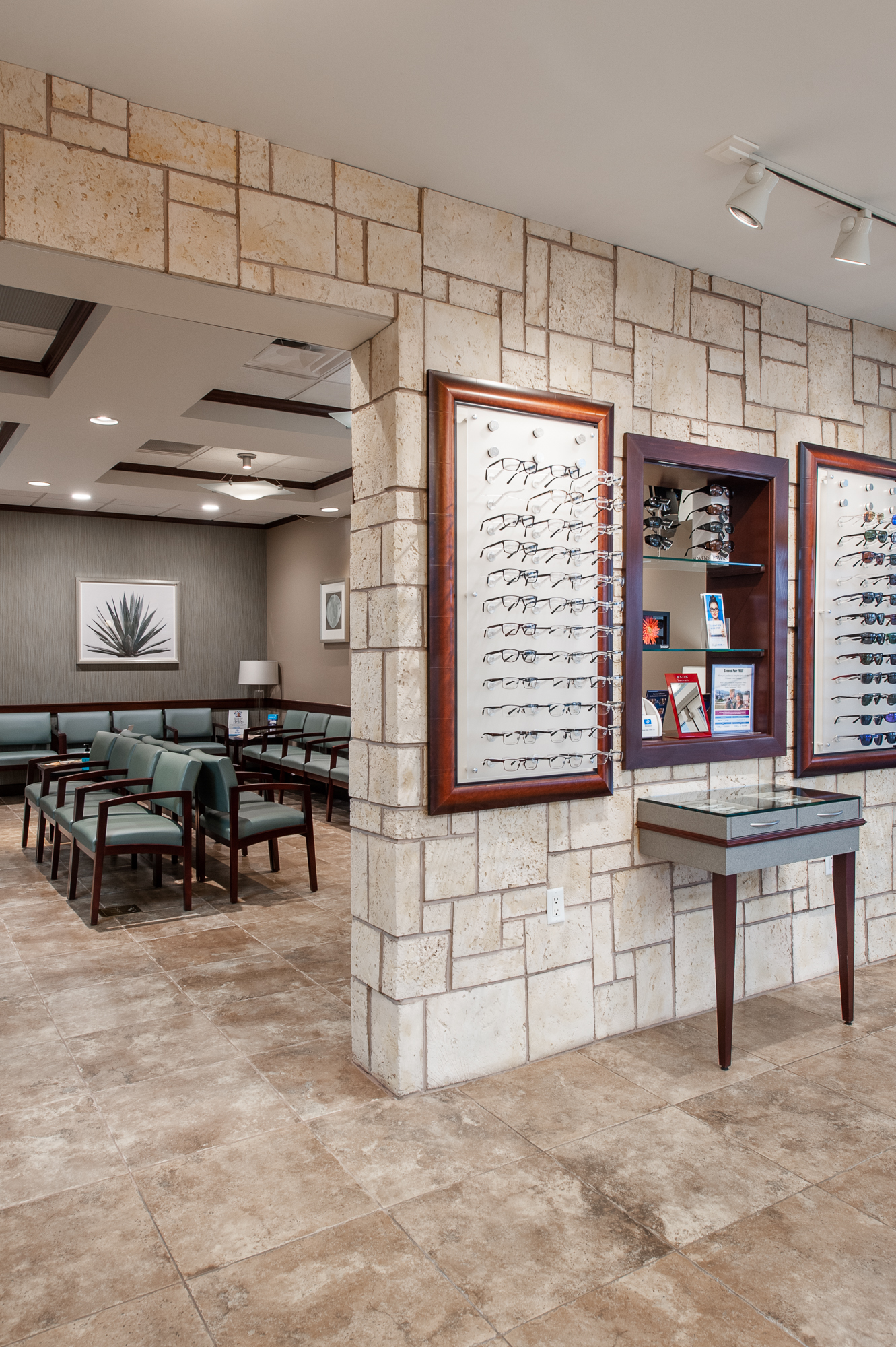 Micamy Design Studio_Interior Design_Clay Eye_Mandarin_Opthamology_Commercial_Office_Medical_Eye Care_Renovation_Crossville_Interiors_Artwork_Coastal_Crossville_Eykon8.jpg