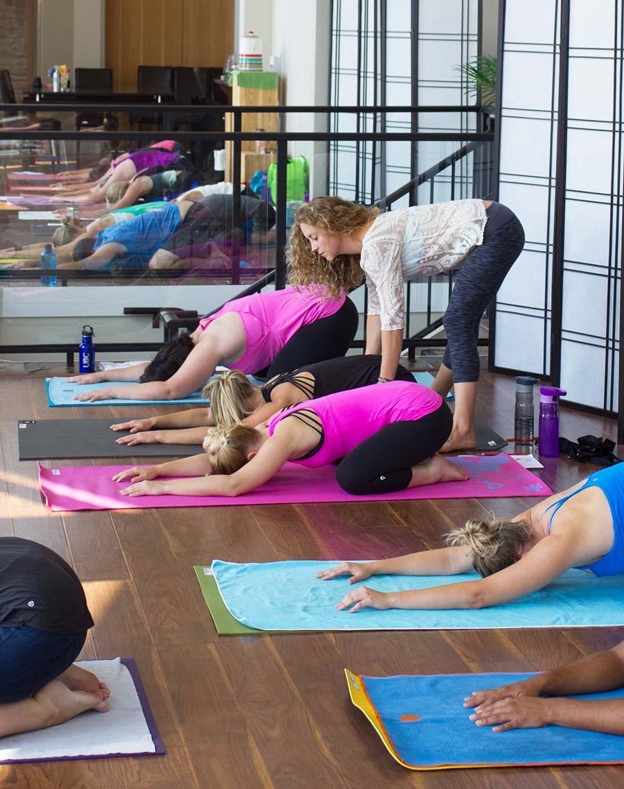 Chelsea-Ray-Yoga-.jpg