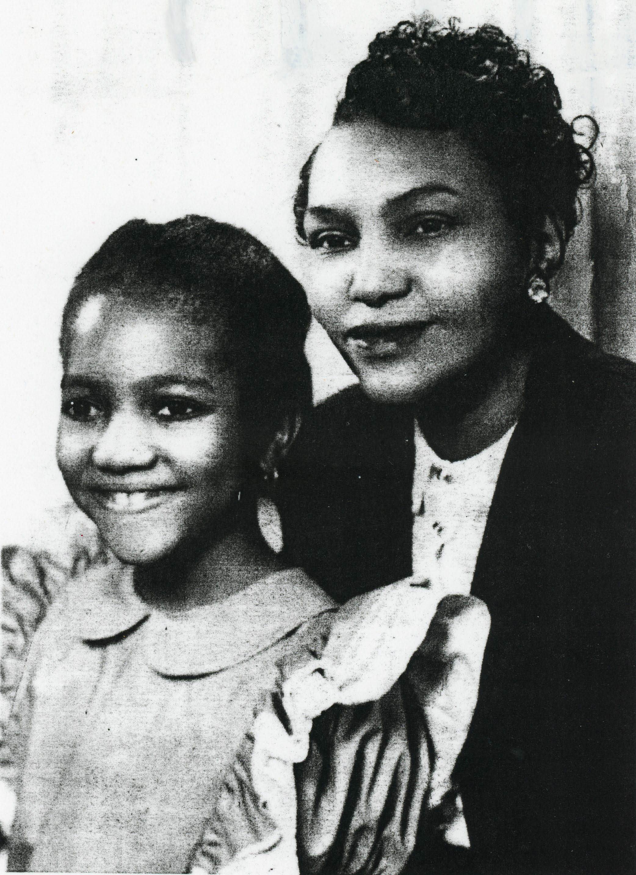Evelyn Rumph (left) pictured with her mother, Lucy Curry, in the early 1940s. Courtesy of Evelyn Rumph.