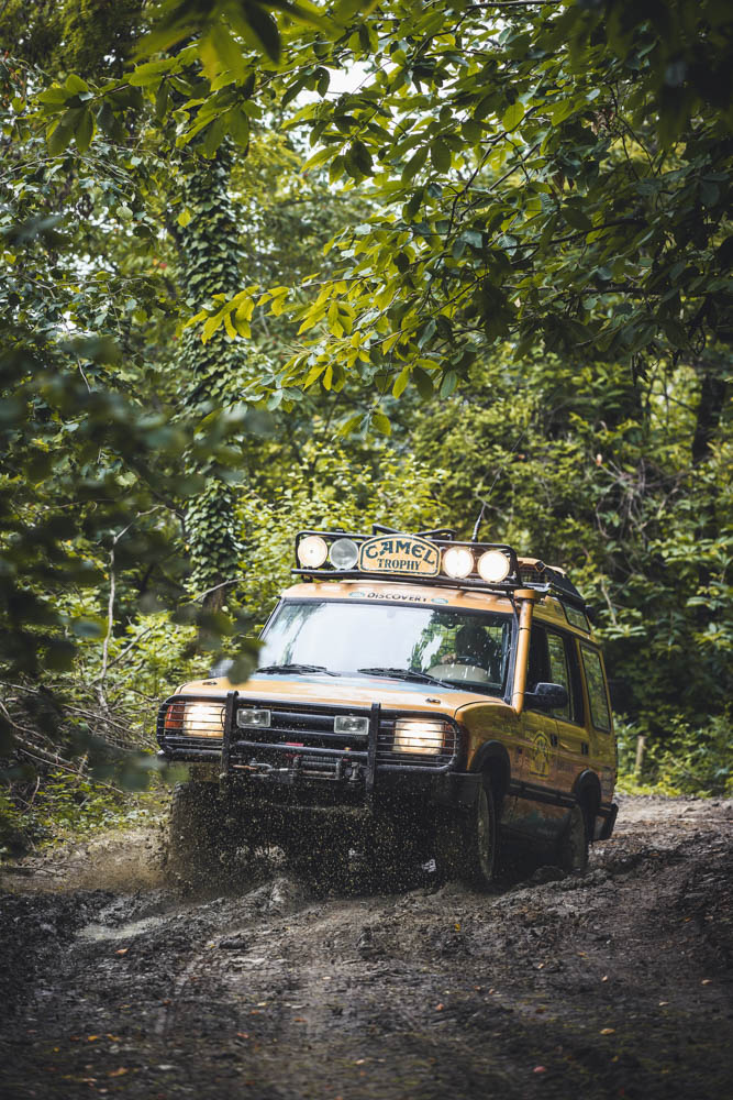 land-rover-discovery-camel-trophy.jpg