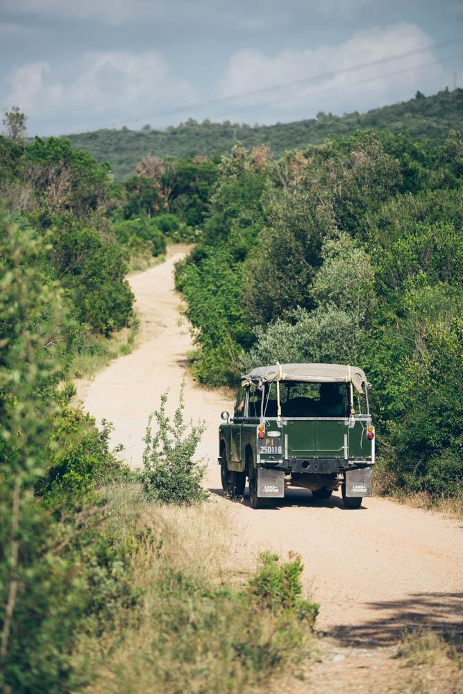 Land-Rover-iia_2.jpg