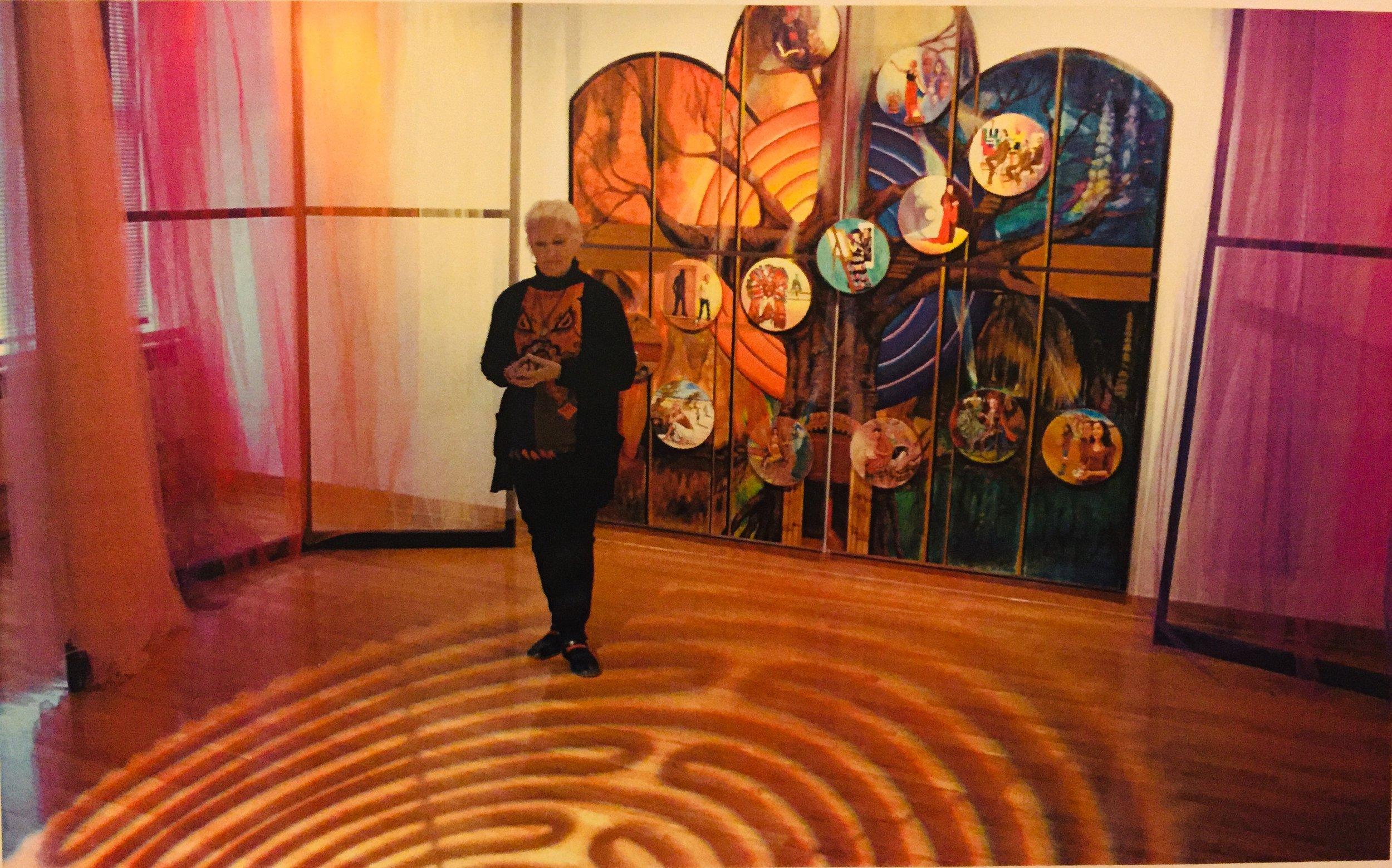 Lou Ann Burkhardt    Sursum Into the Light  , 2007 Oil and gold leaf on wood panels