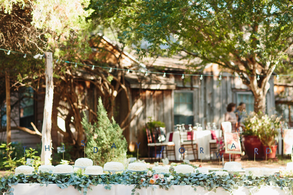 southern-wedding-cake-buffet1.jpg
