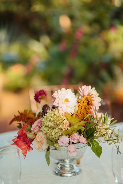 southern-wedding-fall-flowers.jpg