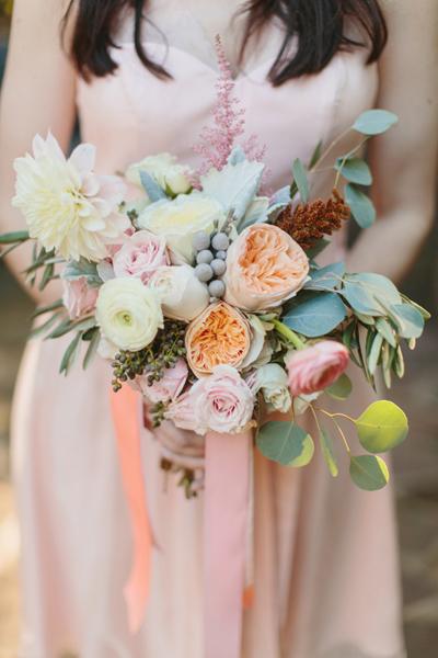 southern-wedding-garden-bouquet.jpg