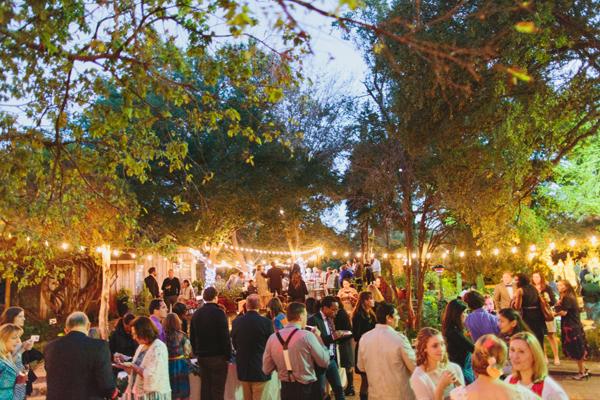 southern-wedding-string-lights.jpg