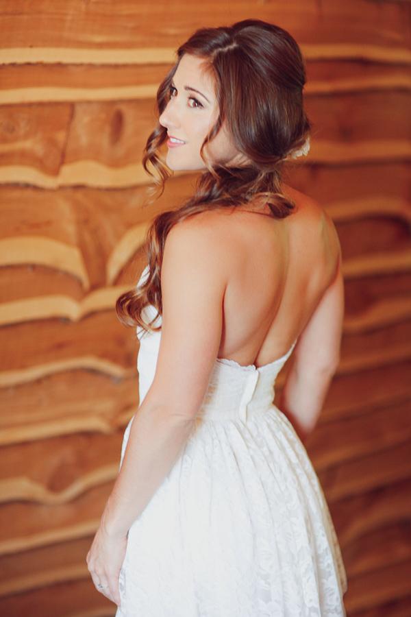 vintage-lace-wedding-dress-10.jpg
