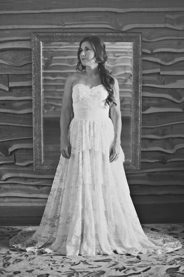 vintage-lace-wedding-dress-16.jpg