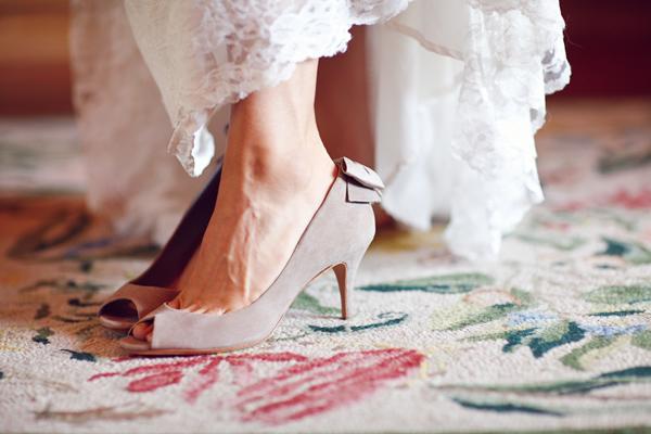 vintage-lace-wedding-dress-18.jpg