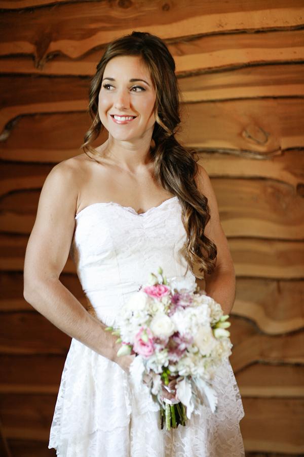 vintage-lace-wedding-dress-19.jpg