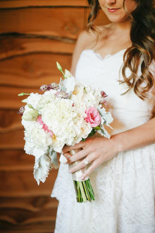 vintage-lace-wedding-dress-20.jpg
