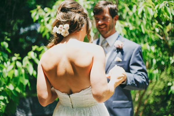vintage-lace-wedding-dress-27.jpg