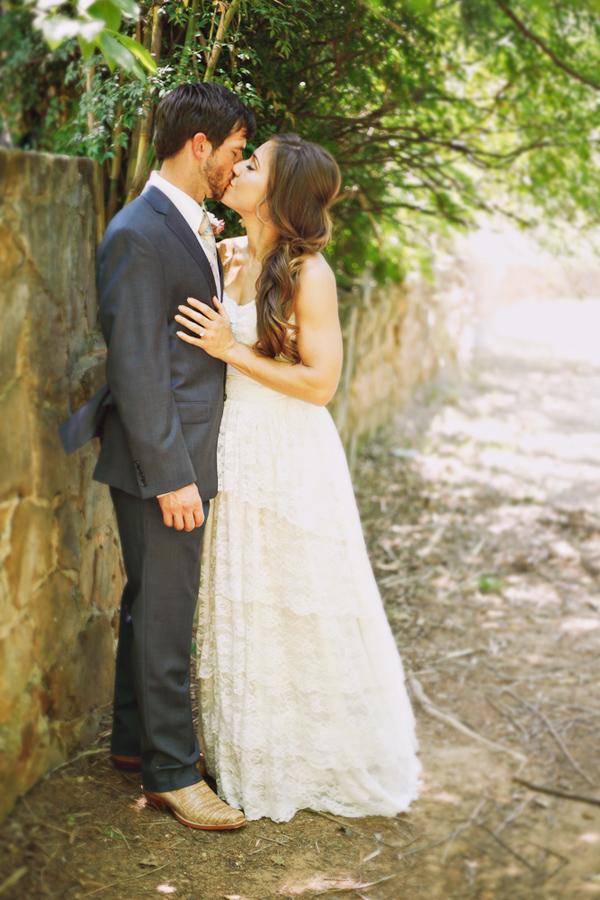 vintage-lace-wedding-dress-30.jpg
