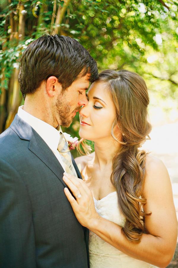 vintage-lace-wedding-dress-31.jpg
