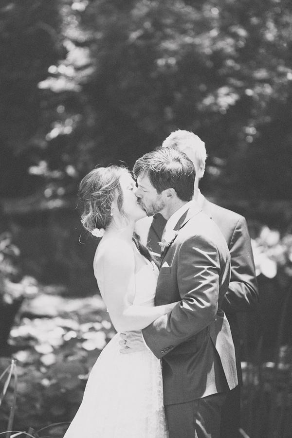 vintage-lace-wedding-dress-43.jpg