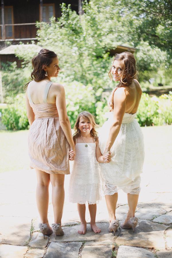 vintage-lace-wedding-dress-46.jpg