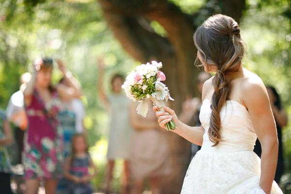 vintage-lace-wedding-dress-58.jpg