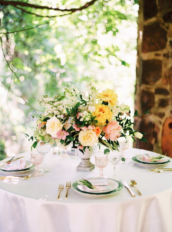 watercolor-garden-wedding-inspiration-12.jpg