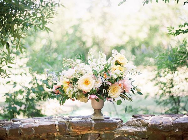 watercolor-garden-wedding-inspiration-28.jpg