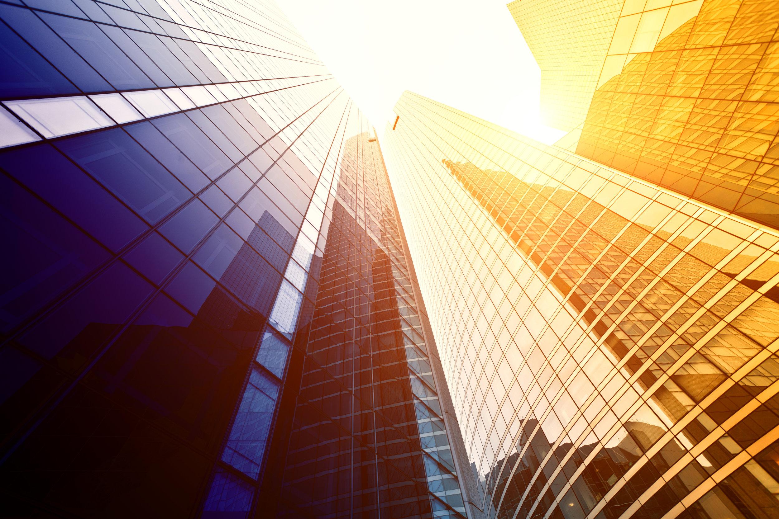 Capacidad global, enfoque local - En Crowe ayudamos a nuestros clientes a tomar decisiones inteligentes hoy que generen un valor duradero en el futuro.