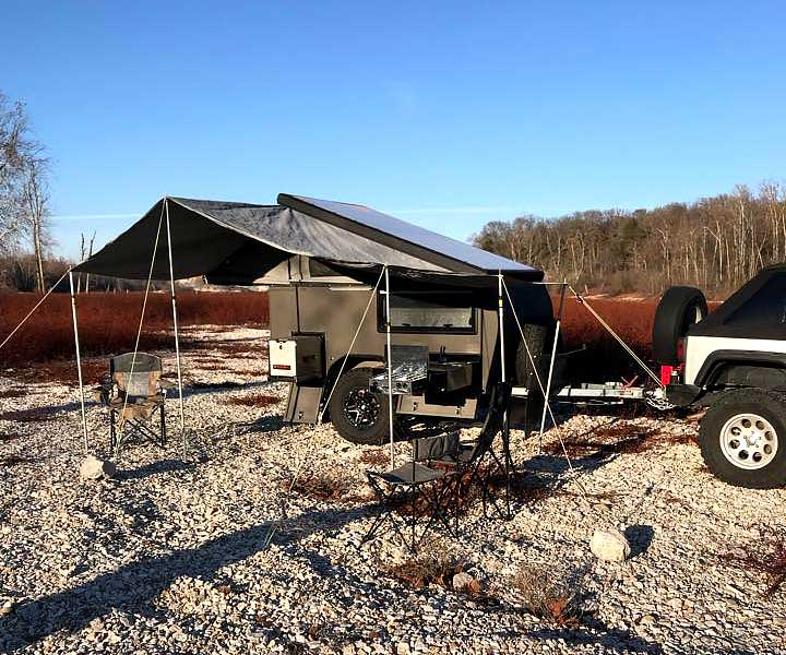offroad-rv-overland-campers-sniperx-awning.jpg