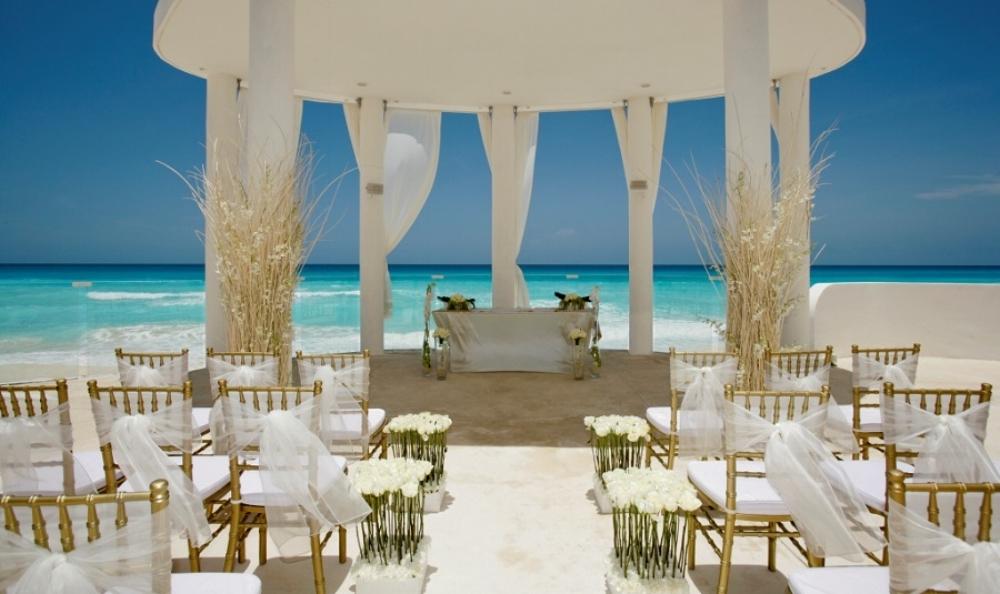 plan-destination-wedding.jpg