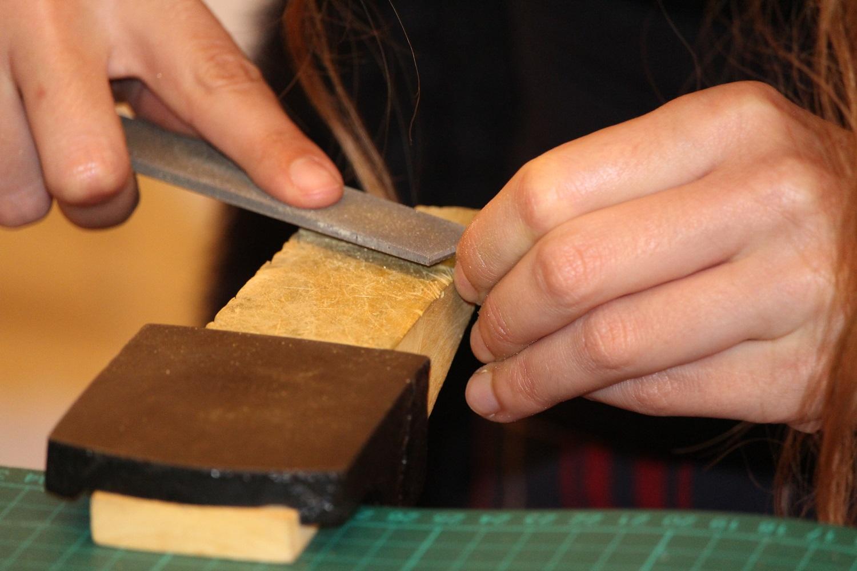 - techniques de base pour fabriquer des bijoux